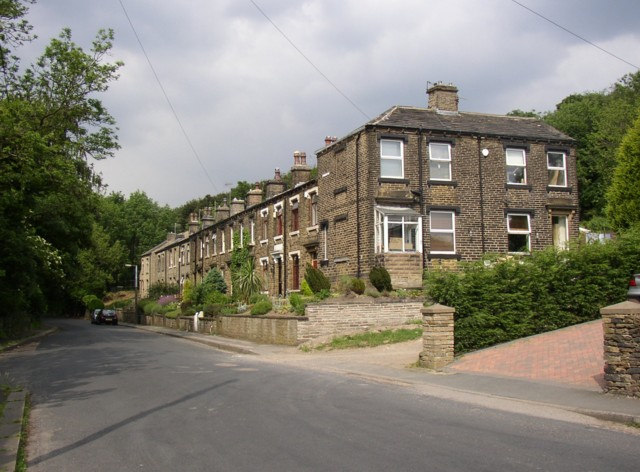 Terrace houses along Whitehead Lane at Scar End, Almondbury