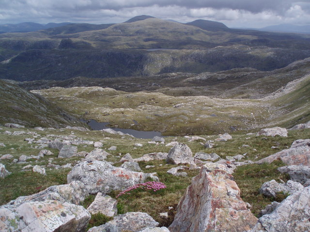 Wild country east of Glas Bheinn.