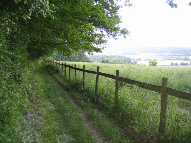 Wigginton: The Ridgeway footpath