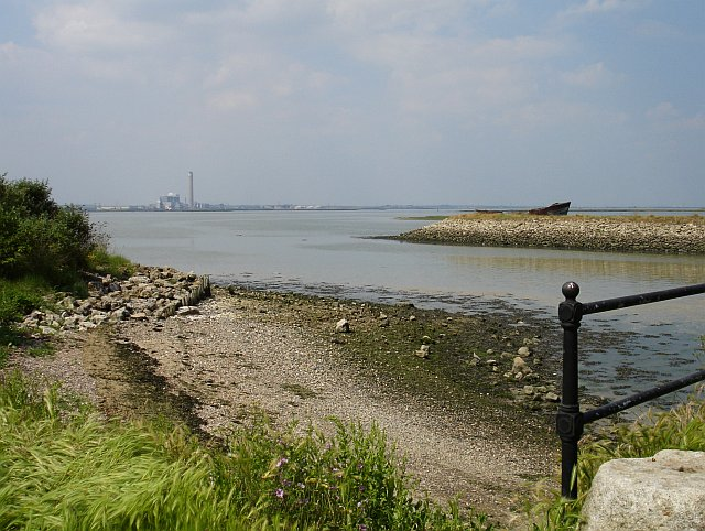 Disused dock on Rainham Creek