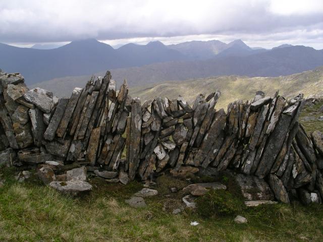 Dry stone wall, Sgurr Choire nan Eiricheallach