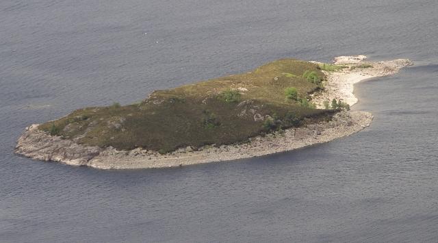 Island, Loch Quoich