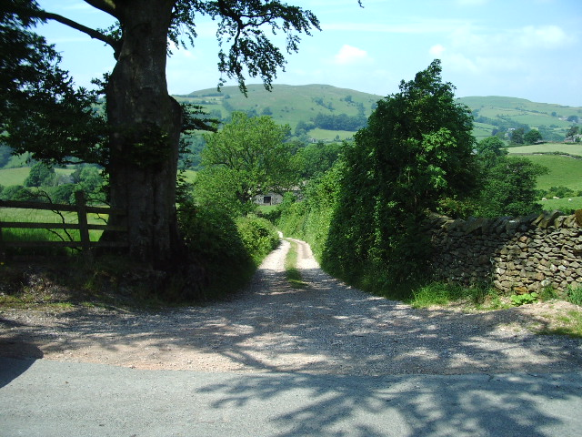 The Road to High and Low Branthwaite
