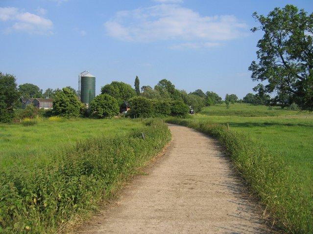 Track to Gorsehill Abbey Farm