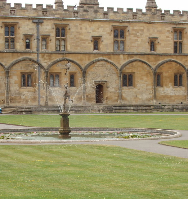 Mercury, fountain in Tom Quad, Christ Church, Oxford