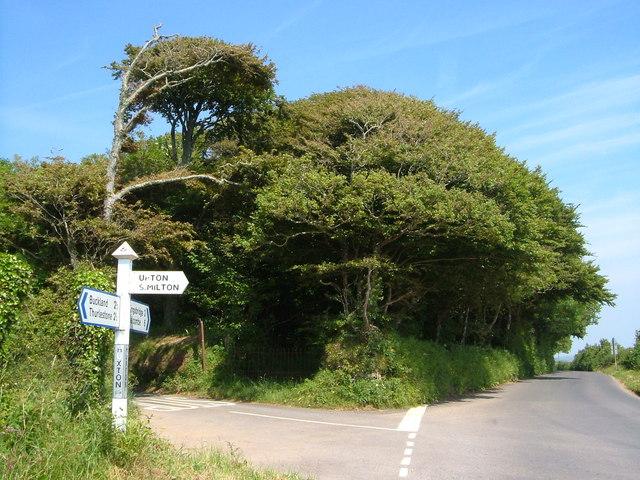 Huxton Cross