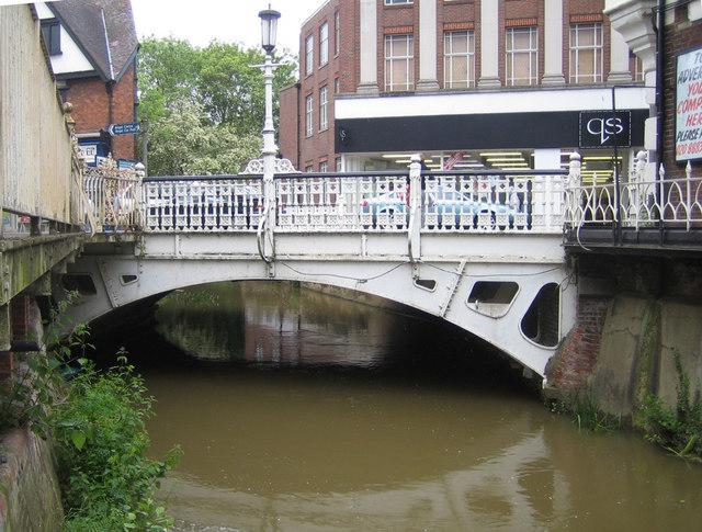 Tonbridge: The Little Bridge