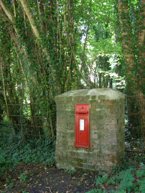 Georgian post box north of Brockwood Park