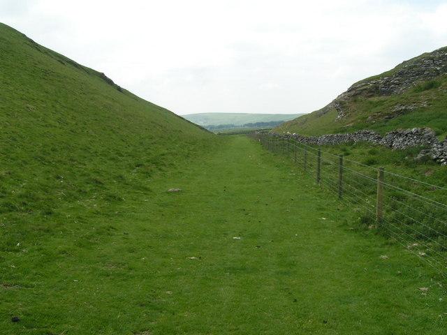 Near Giant's Hole