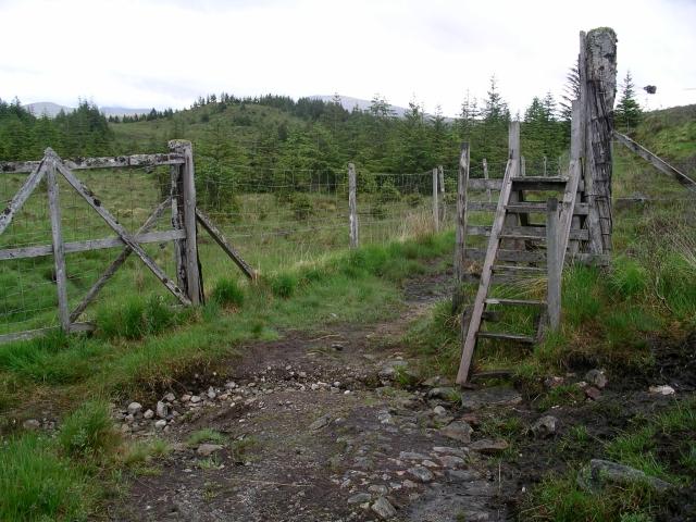 Track and stile near Loch Quoich