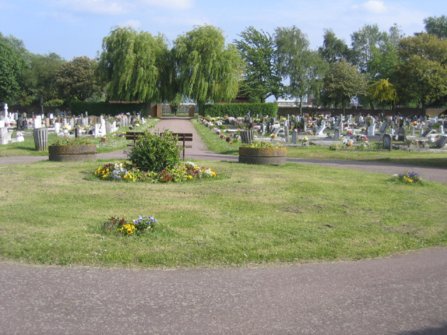 Biggleswade Town Cemetery, Beds