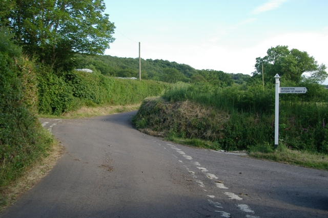 Junction near Putts Farm