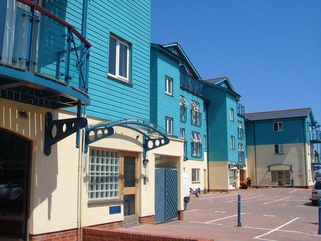 Pilot Wharf apartments, Exmouth Quay