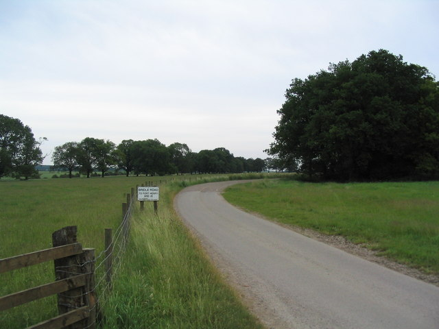 Bridleway to Fort Henry, Exton Park
