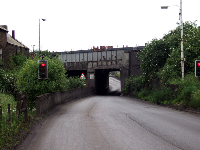 Railway Bridge over Dawes Lane