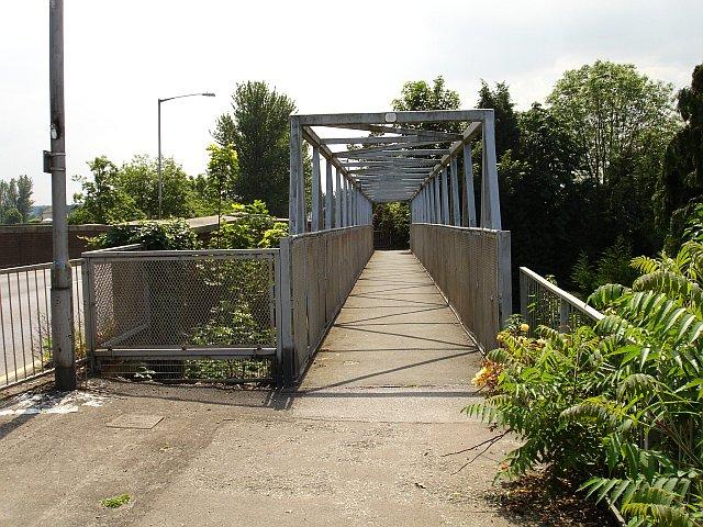 Footbridge, Otterham Quay Lane