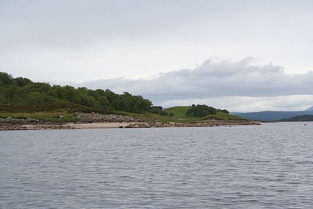 Looking towards Arscaig on the shore of Loch Shin.