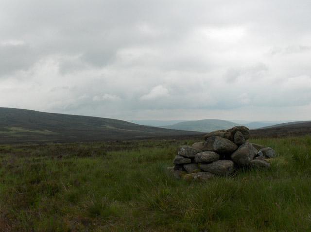 Cairn, 506 metres