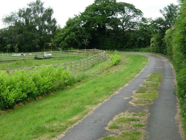 Track to Upper Hartshay Farm