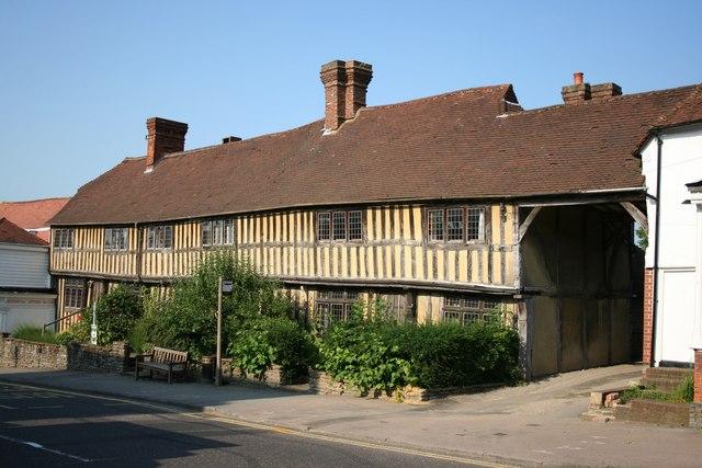 Crown Cottages