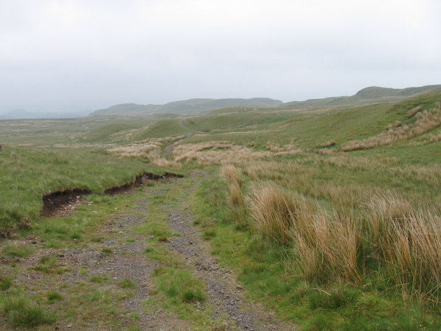 Track from Misty Law to Muirfauldhouse