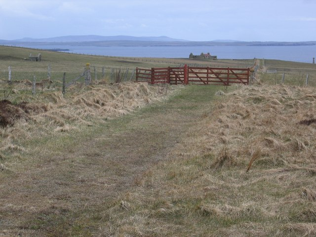 Path to the Covenanters Memorial on Deerness