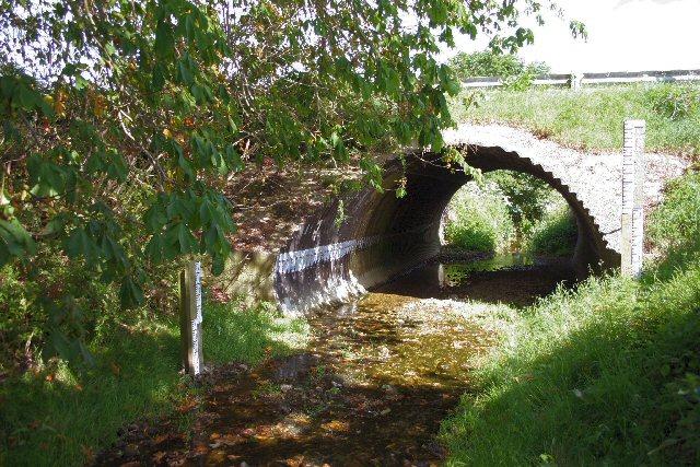 Bridge under minor road near Ousden