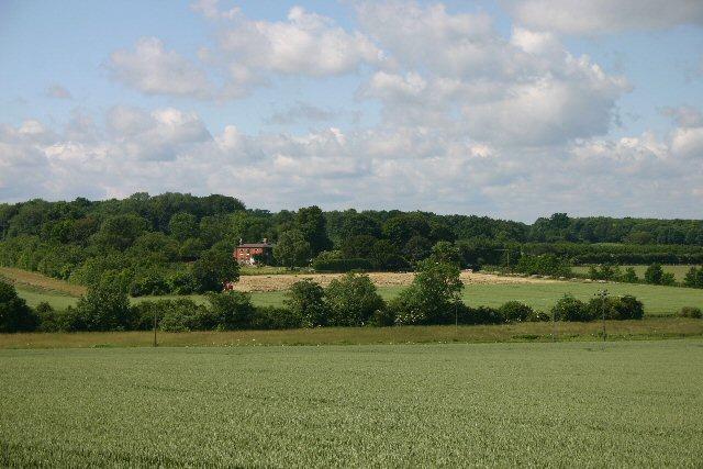 Bridgelands Farm from Lidgate Belt