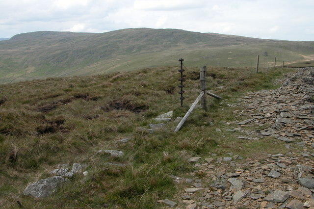 Remains of fence above Bannisdale Head