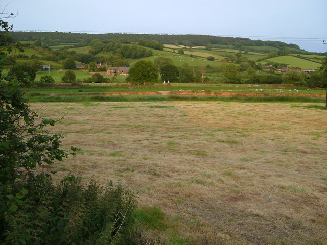 Otter valley from near Dotton Farm