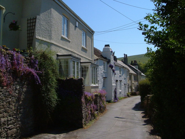 Cottages in Noss Mayo
