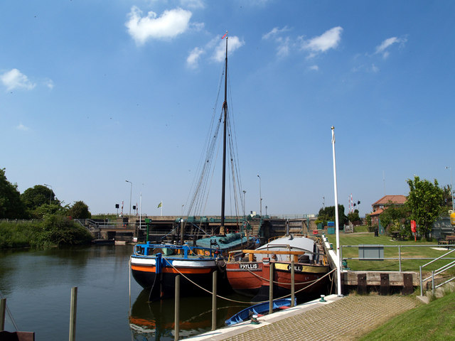 South Ferriby Marina