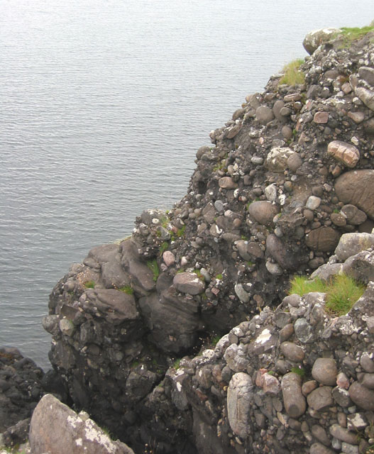 Conglomerate cliffs at Ganavan