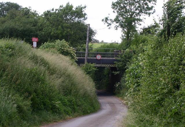 Railway bridge on Astwood lane