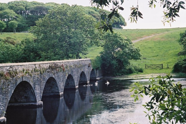 Eight arch bridge at Stackpole