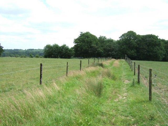Bridleway to Dawes Farm