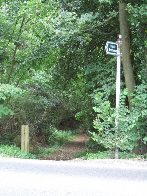 Bridleway Crosses the A29
