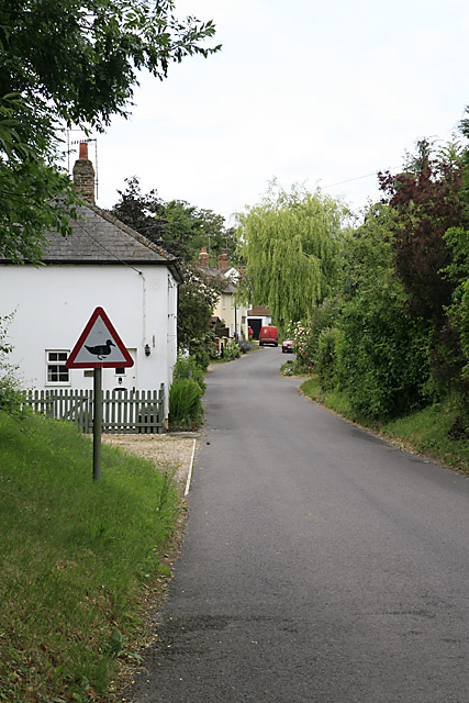 Entering Ford village from the A338