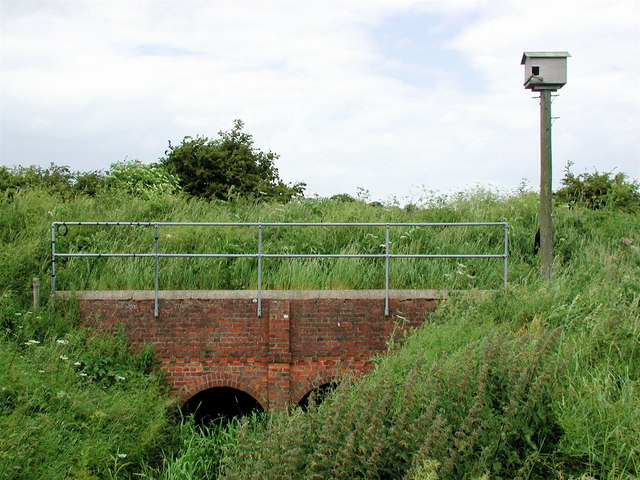 Engine House Bridge, northwest of Swine