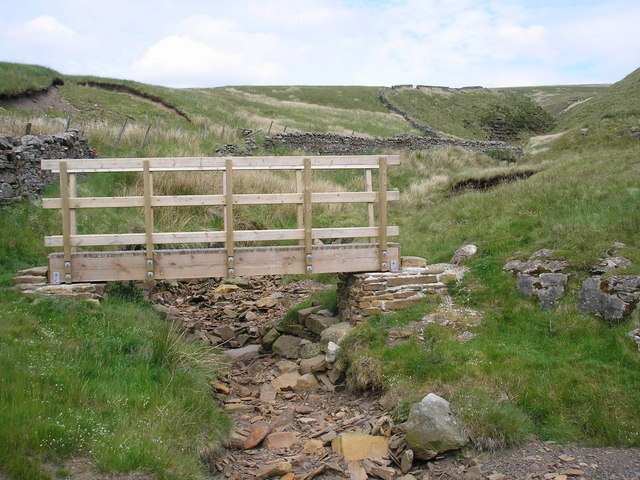 Footbridge at Lambfold Gill