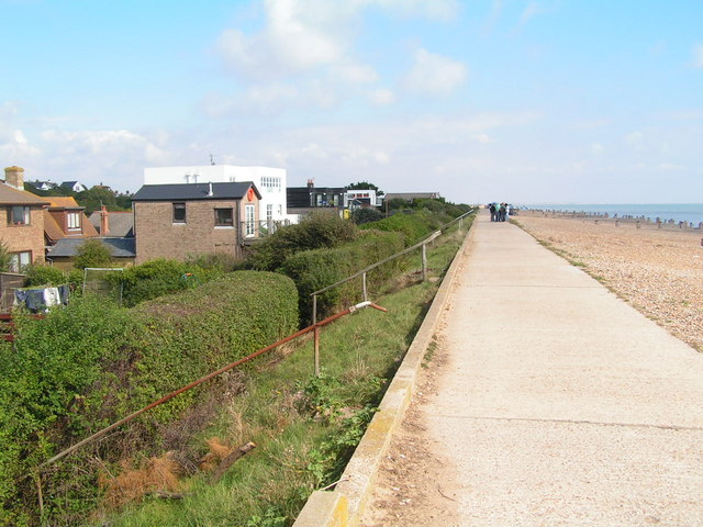 Cliff End village behind the sea flood embankment