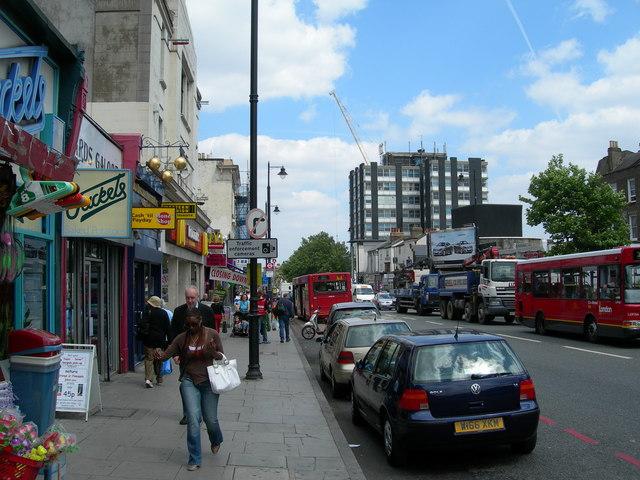 Clapham High Street SW4 (2)