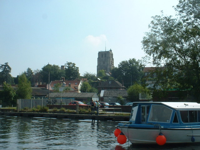 River Waveney, looking towards Beccles Church