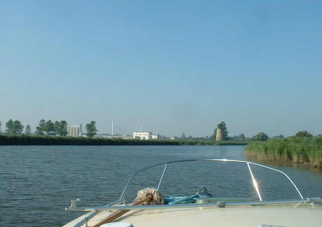 The River Yare and Hardley Drainage Mill