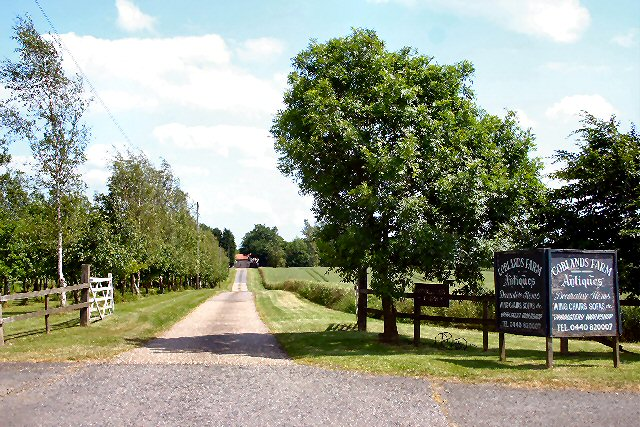 Entrance to Coblands Farm