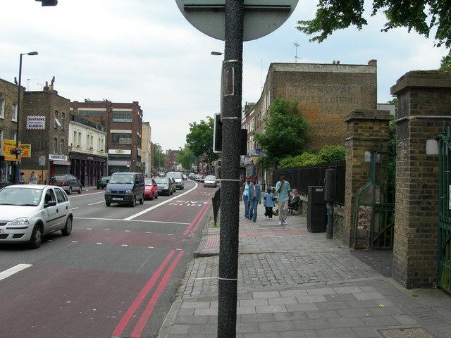Holloway Road N7 (1)