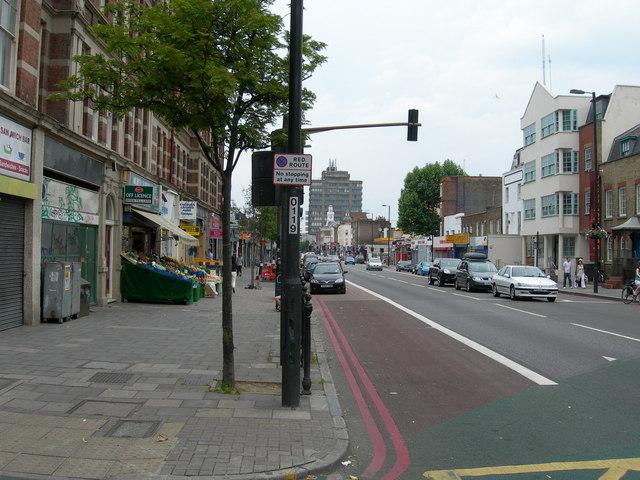 Holloway Road N7 (2)