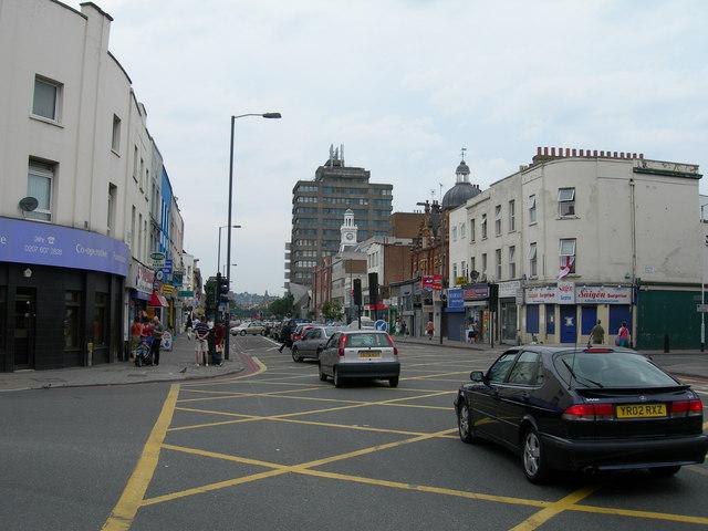 Holloway Road N7 (3)