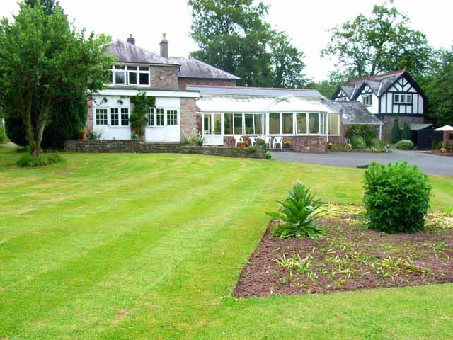 Nythfa House, Brecon