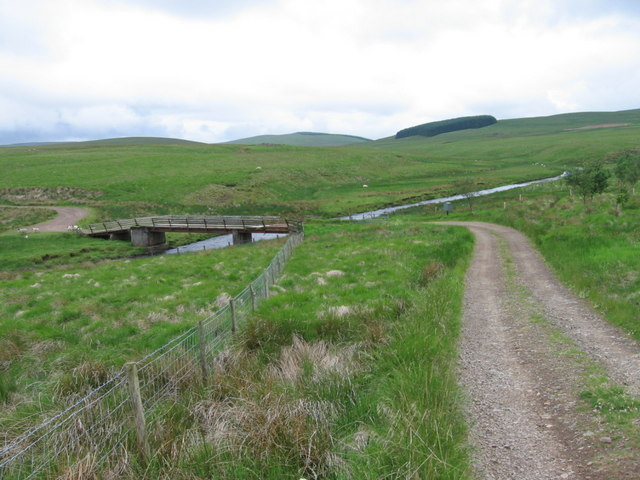 Bridge and track to Shawhead at Duneaton Water